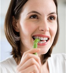 Healthy Food To Eat For Strong, Beautiful Teeth